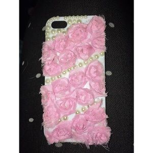 Accessories - iPhone SE/5s/5c Rose and Pearls Case